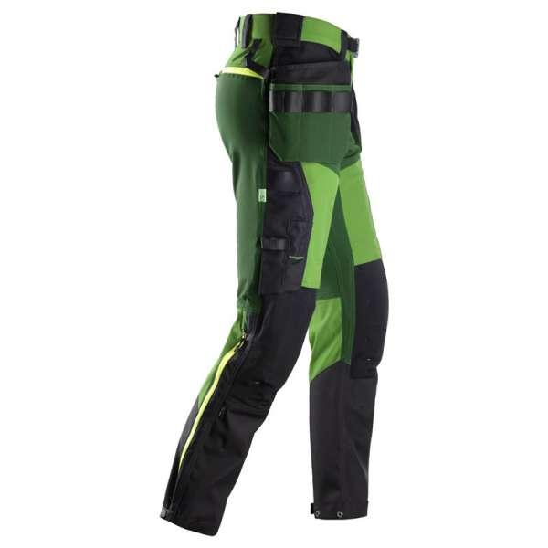 Snickers Workwear FlexiWork grønn stretch arbeidsbukse med hylsterlommer sett fra høyre